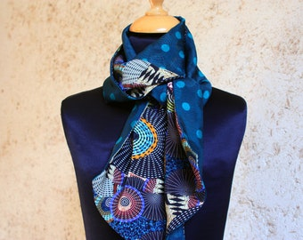 Scarf, Ascot, tie women, two-tone with polka dots and blue-green Viscose duck. Wool scarf spring end slice blue