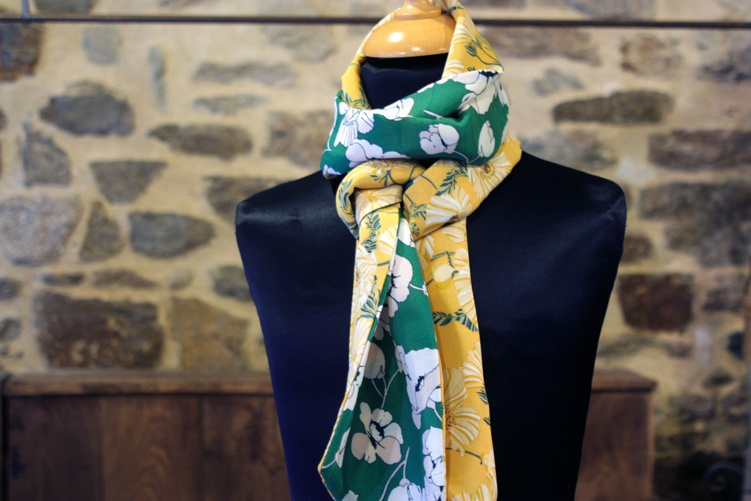 746de1c9d Women's scarf, Lavallière, two-tone yellow and green floral tie with white  cotton and viscose flowers. Wool Tartine.