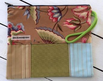 Zipper Clutch, Wristlet, Cosmetic Bag, Zip Purse, Handmade in Maine USA