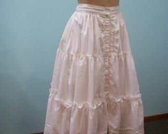Vintage Jessica's Gunnies Creamy White Prairie Skirt . Tiered Ribbon Trim Full Skirt