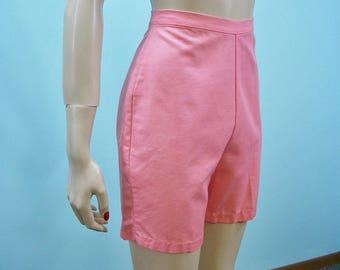 50s 60s Shorts . Salmon Pink High Waist Metal Zipper Shorts . XS S