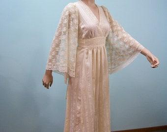 Vintage 70s Ecru Maxi Dress .  Hippie Boho . Lace Angel Sleeves . Prairie Wedding Dress
