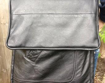 Unisex multipurpose shoulder bag