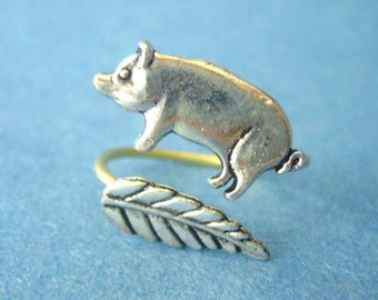 Silver piggy ring with a leaf wrap ring, adjustable ring, animal ring, silver ring, statement ring