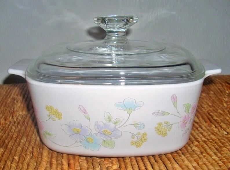 Corning Ware Covered Casserole Pastel Bouquet 1.5 Liter Qt