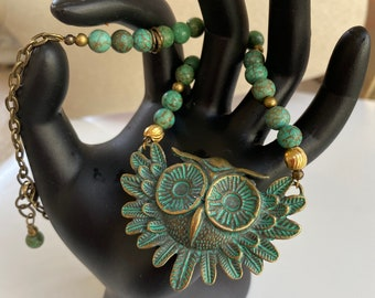 Qwl necklace, antique brass, green, turquoise beaded, adorably cute-FREE SHIPPING