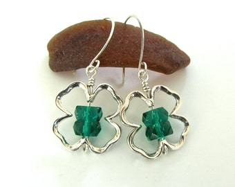 Irish green Celtic ~ Sterling silver clover shamrock dangle earrings ~ St Patrick's Day ready