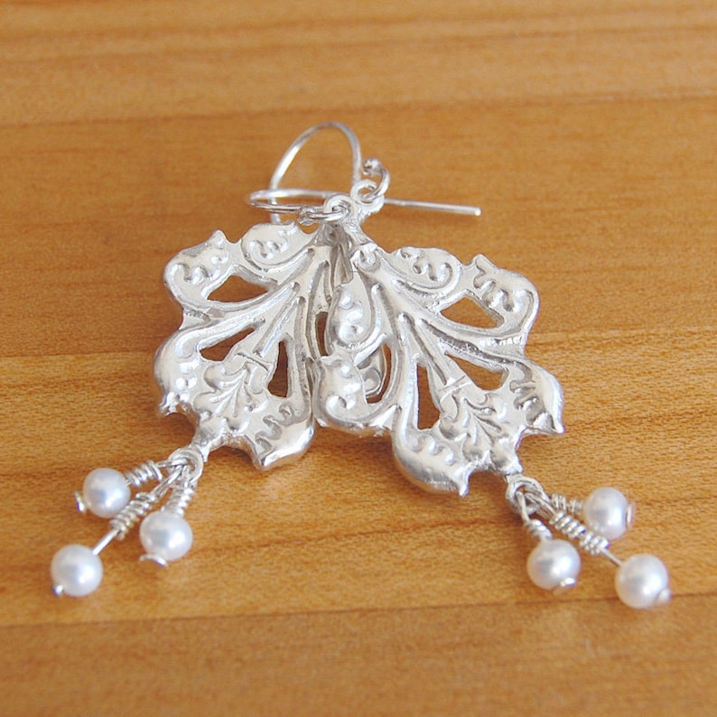 Silver Pearl Earrings in Acanthus Leaf Style image 0