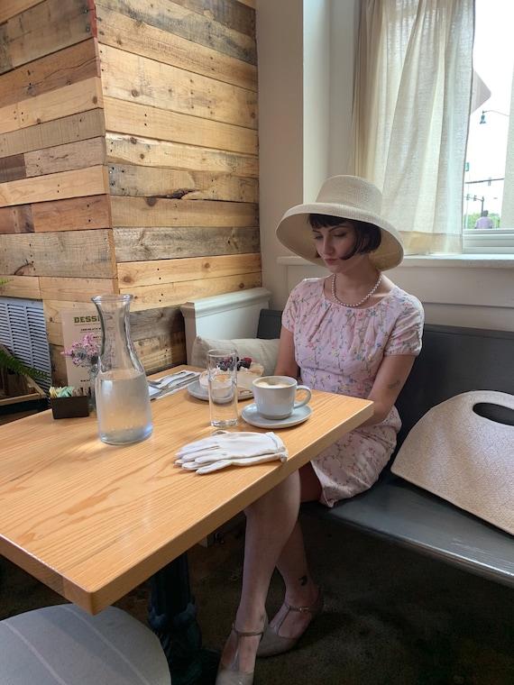 Vintage 1960s Pastel Pink Embroidered Vintage Dres