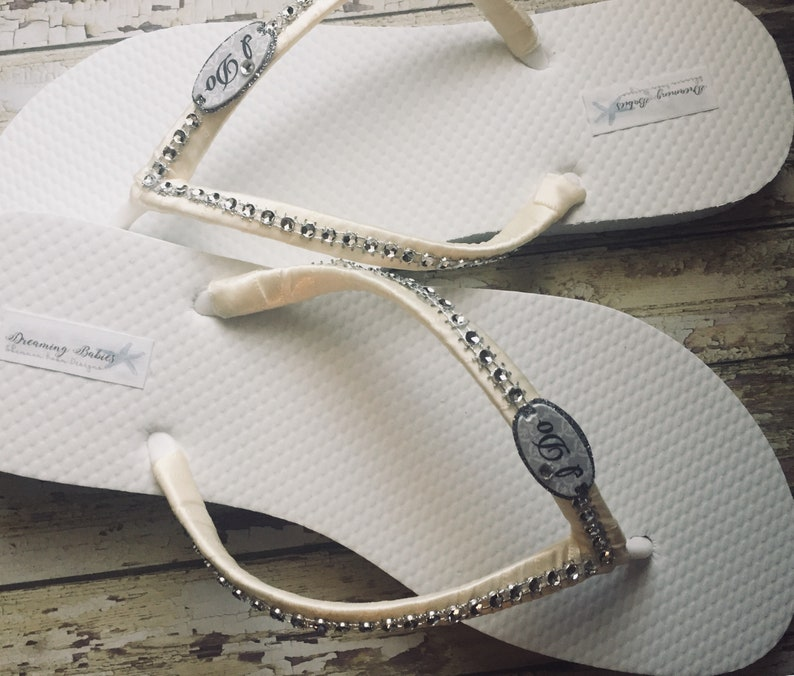 77b720a6ff0f I Do Bridal Flip Flops Custom Ivory Sandals for Destination