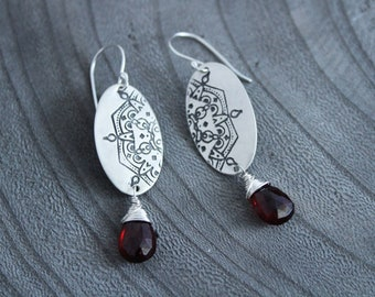 Silver Oval Mandala Garnet Dangle Earrings