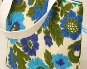 Insulated Lunch Bag - Vintage Fabric