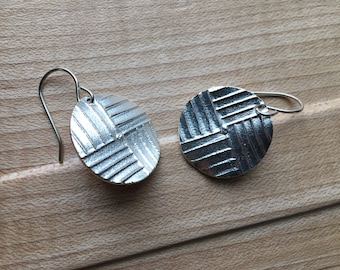 Handmade silver circle lines earrings on sterling wires
