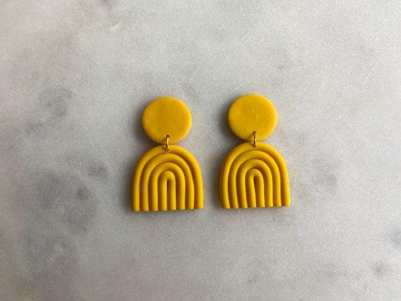 happy people - yellow