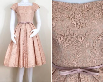50s Dusty Pink Lace Sweetheart Fit and Flare Prom Dress with Bow Belt, Size XS