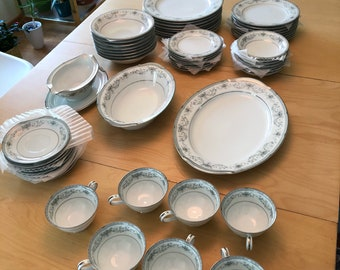 Vintage Noritake China Colburn 6107 Pattern Light Blue Floral Platinum Trim, Service for 8 with Serving Dishes, 57 pieces