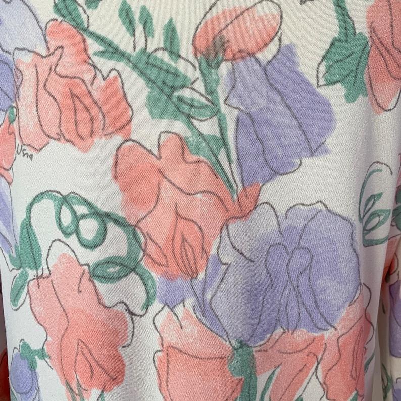 70s VERA NEUMANN White Pastel Floral Long Sleeve Top Size Medium to Large
