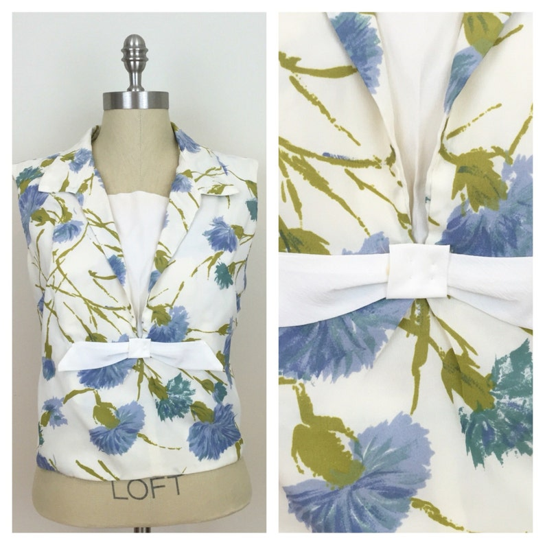 60s Cream Blue Floral Sleeveless Shell Blouse with Bow Size image 0
