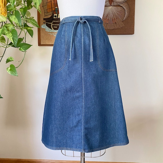 70s Vintage Denim A-line Wrap Skirt, Size Small to