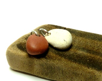 Pebbles Rocks Beach Stones Focal Jewelry Beads Matte White and Orange-Red Thick Tear Drop Stone Charms Pendants LIPSTICK