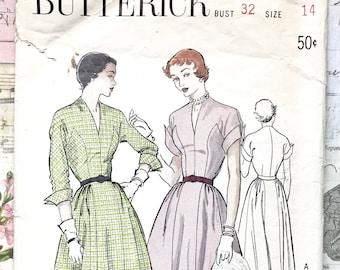 Vintage 1950's Women's Full Skirt Dress Sewing Pattern - Butterick 5327
