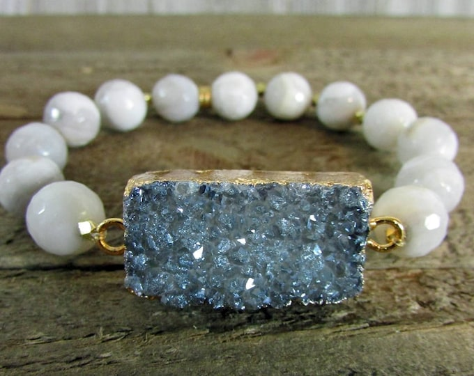Druzy Focal Stretch Bracelet | Slate Gray Druzy Jewelry | Gemstone Bracelet | Yoga Bracelet