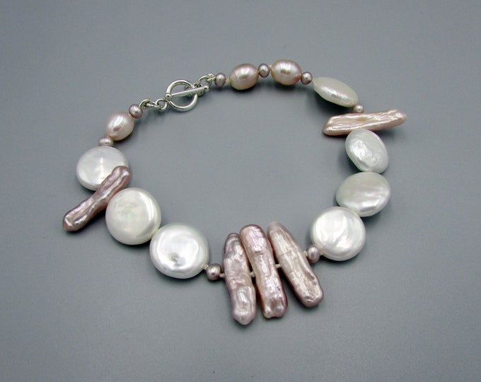 Coin Pearl Bracelet | Wedding Jewelry | Hand knotted Bracelets