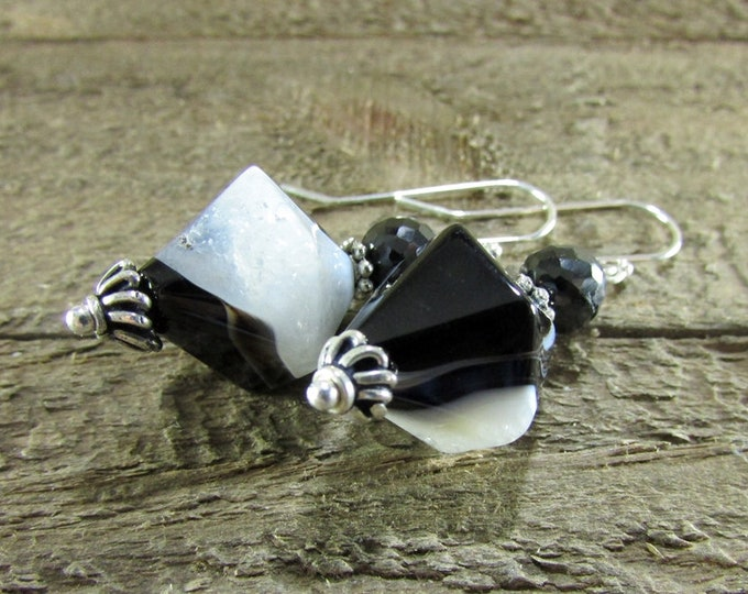 Black & White Agate Earring, Gemstone Earrings, Classic Jewelry