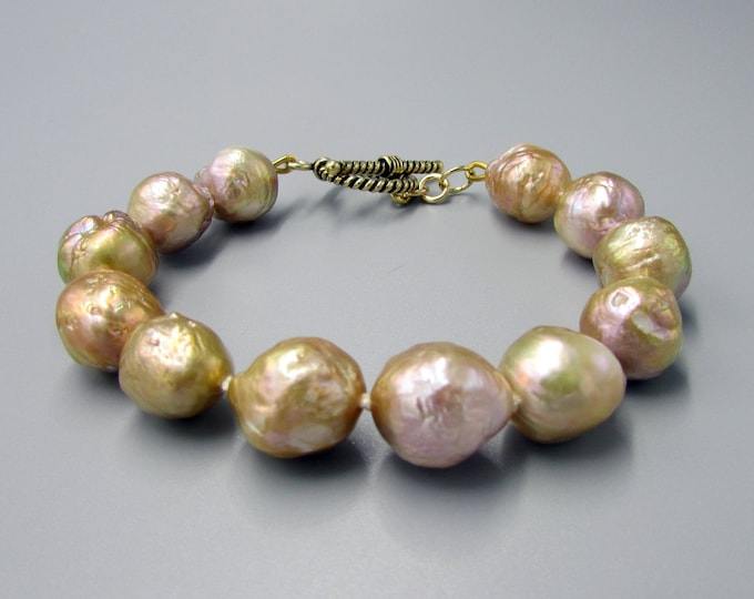 Pearl Bracelet Hand Knotted Gold