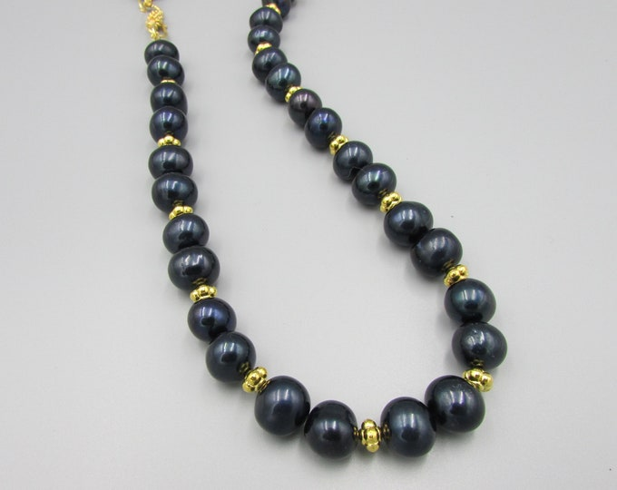 Black Pearl Necklace | Signature Jewelry