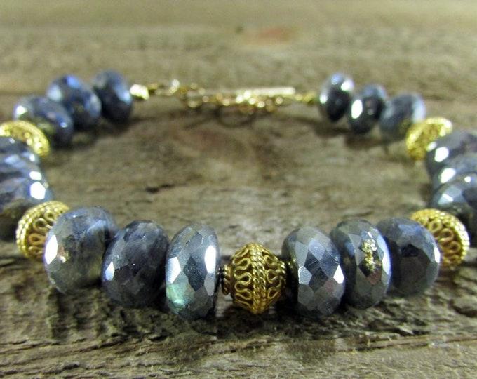 Stunning Labradorite & Gold Gemstone Bracelet