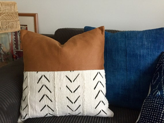 20x20 white with black arrow pattern Faux leather and African mud cloth pillow cushion cover 50cmx50cm