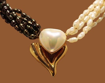 1980's 14kt Black and White Pearl Heart Necklace