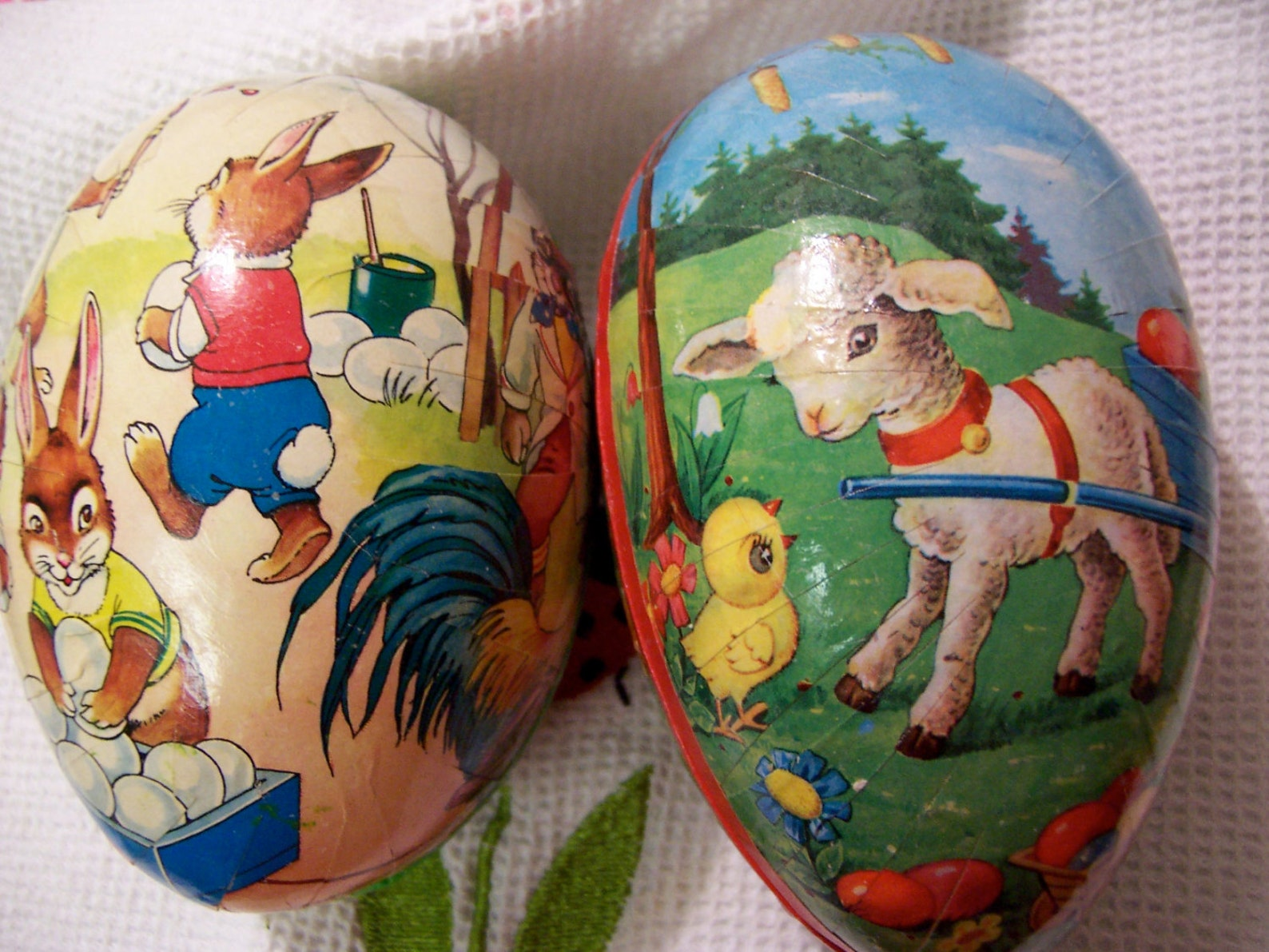 eggs / paper mache collectable eggs