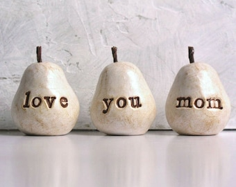 Gift for mom / Birthday gift for her / 3 love you mom pears / gift for women / gifts for mothers // READY TO SHIP