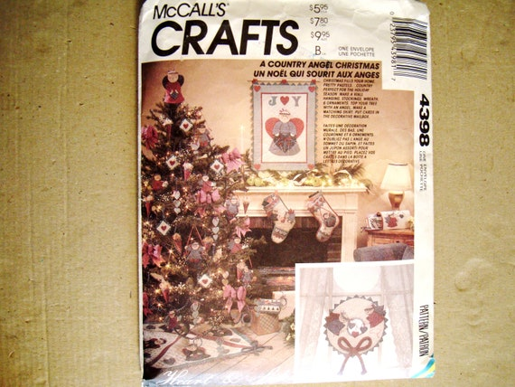Free UK P/&P Wre... McCalls Crafts Sewing Pattern 6453 Christmas Ornaments