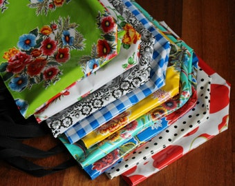 reusable grocery bag - market bag - waterproof beach bag - pool bag - reversible bag - oilcloth bag - gifts for her - teacher gifts