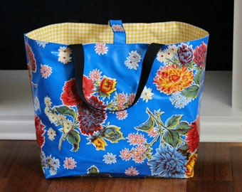oilcloth beach bag - waterproof beach bag - pool bag - reversible bag - oilcloth bag - gifts for her - teacher gifts