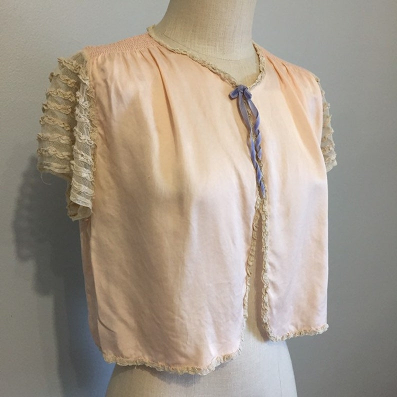 1930s 1940s Rayon Lace Powder Jackette Vintage 30s 40s Blush Pink Bed Jacket