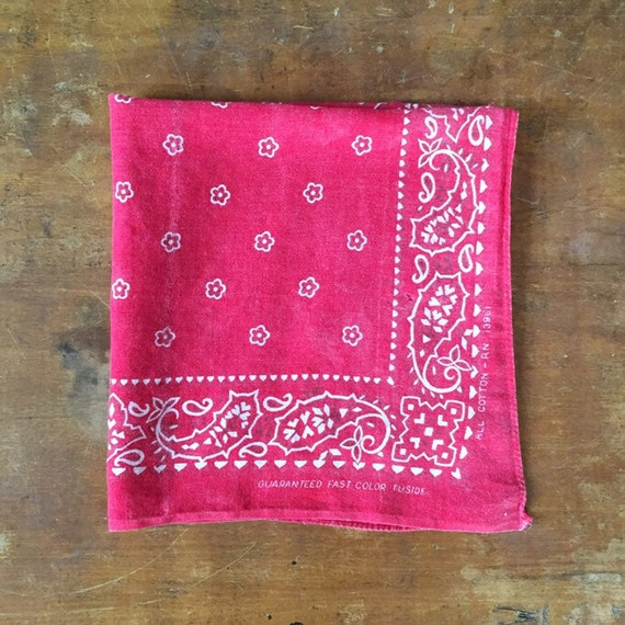 Vintage 1970s Red Tuside Fast Color Cotton Bandana