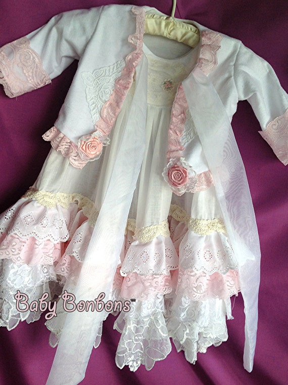 1fa0ffaae4 Luxurious children s nightgown vintage lace