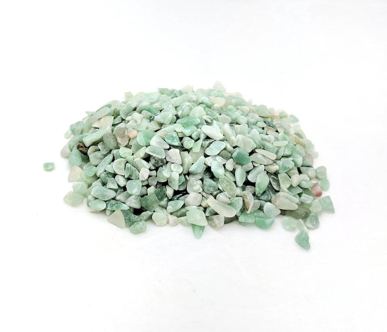 Undrilled green aventurine gemstone chips in bulk for jewelry making DIY crafts and gifts Raw natural stone mini embellishments 100 grams