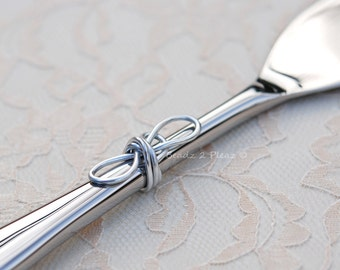 Infinity knot wedding cake cutter, tying the knot cake knife and server in one, love knot cake cutter, knot cake knife unique cake server