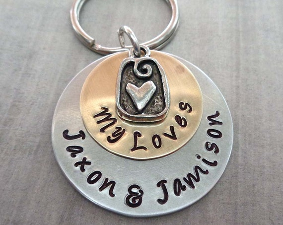 My Loves Keychain - Personalized Names Keychain - Custom Names and Heart Charm - Gift for Mom Mothers Day - Baby Shower Gift