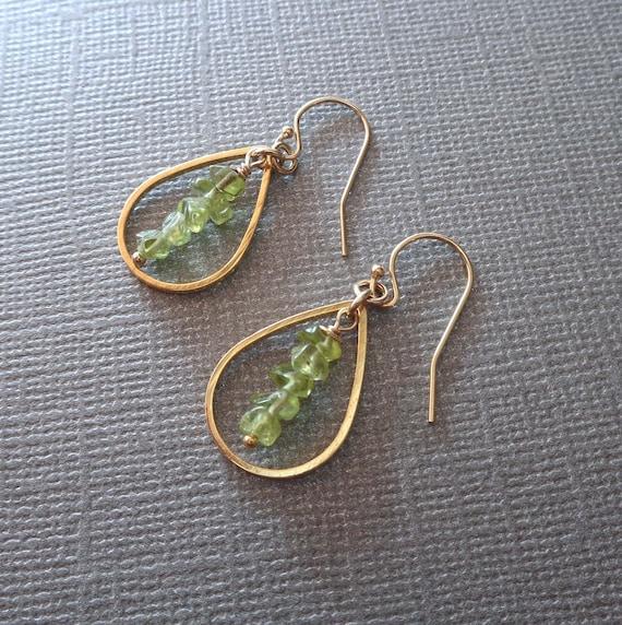 Peridot Hoops / August Birthstone Earrings / Gemstone Chips Earrings / August Birthday Gift for Her