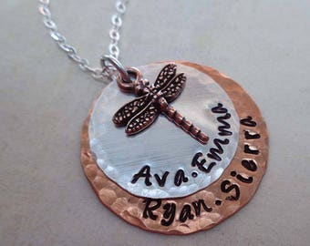 Custom Names Dragonfly Necklace / Personalized Jewelry / Gift for Mom / Dragonfly Jewelry