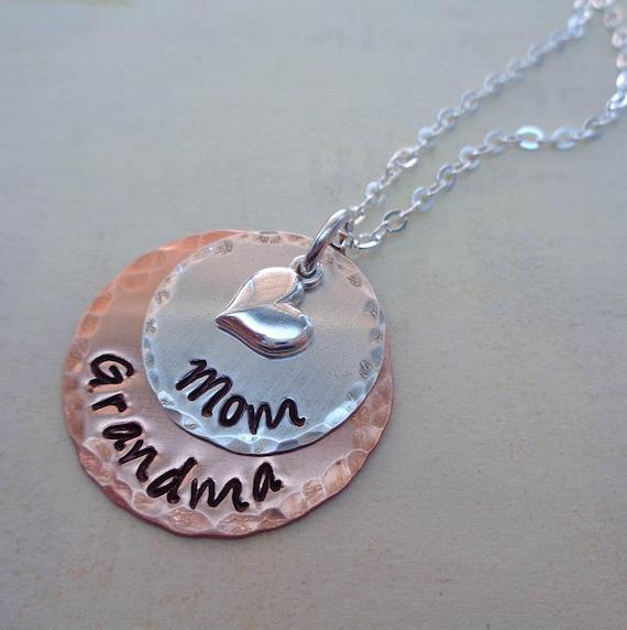 Mom Grandma Necklace / Mothers Day Gift / Gift for Grandma / Grandma Jewelry