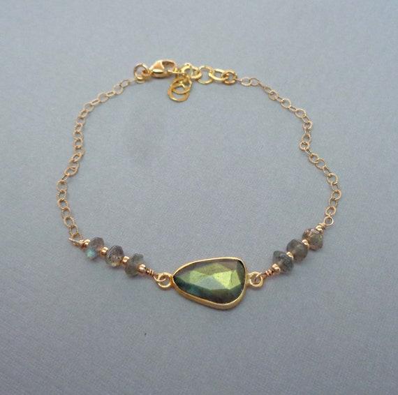 Dainty Labradorite Bezel Gold Fill Bracelet / Transformation Crystal / Gold Labradorite Jewelry / Dainty Crystal Bracelet