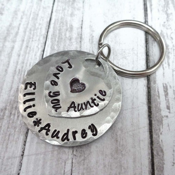 Love You Auntie Keychain - Personalized Names Keychain - Gift for Aunt Custom Name - Hand-Stamped Keychain