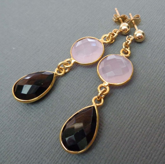 Rose Chalcedony and Black Onyx Earrings / Natural Gemstone Jewelry //E136
